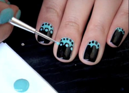 MANICURE ON SHORT NAILS - Nails Club